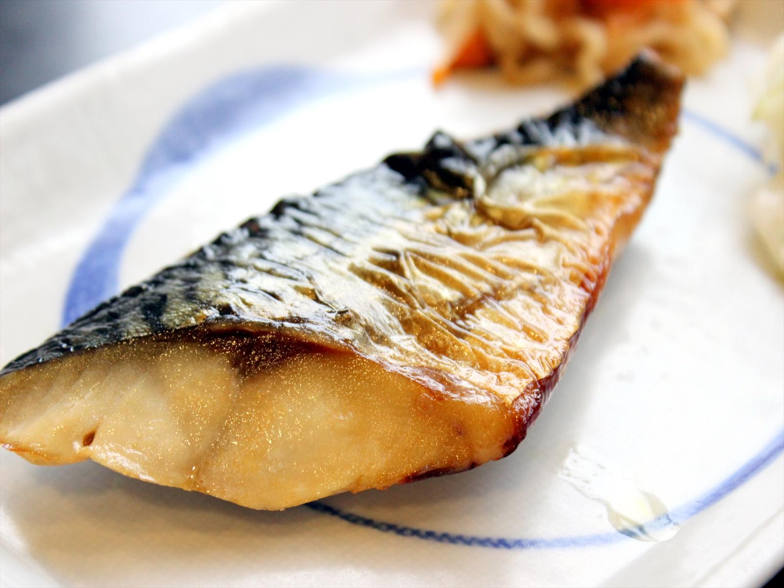 ふっくら香ばしい焼き魚